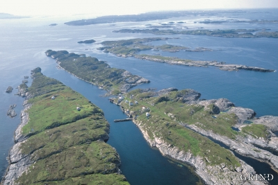From Øygarden towards Hjeltefjorden