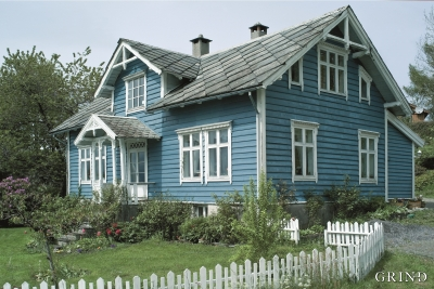The well constructed two-storeyed house at Skjørsand in Fusa around the end of the 19th century