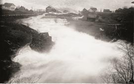 Rekordnedbørdøgnet i november 1940 skapte flaumar i dei fleste større elvar i sentrale delar av fylket