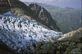 Glacier fall at Bondhusbreen.