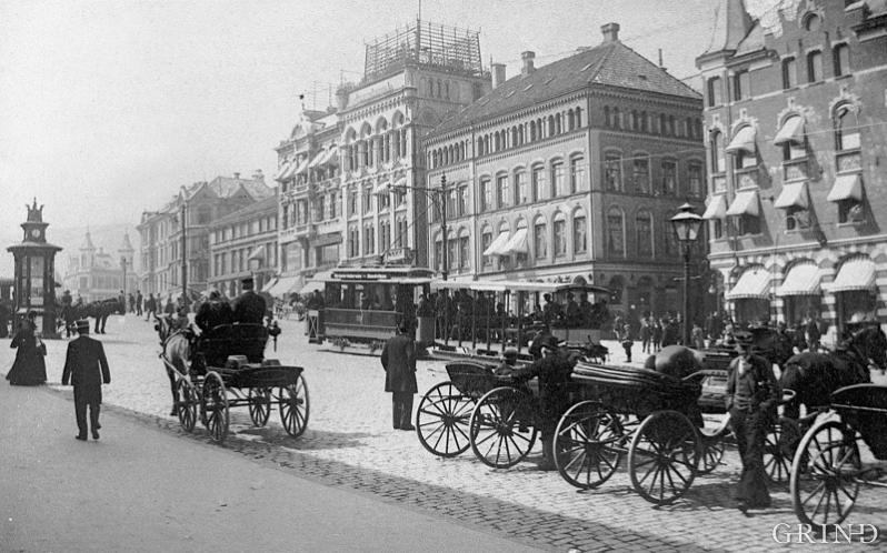 Torvalmenningen i 1898