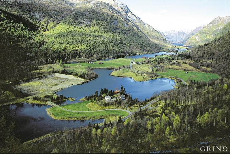 Øvre Helland i Modalen
