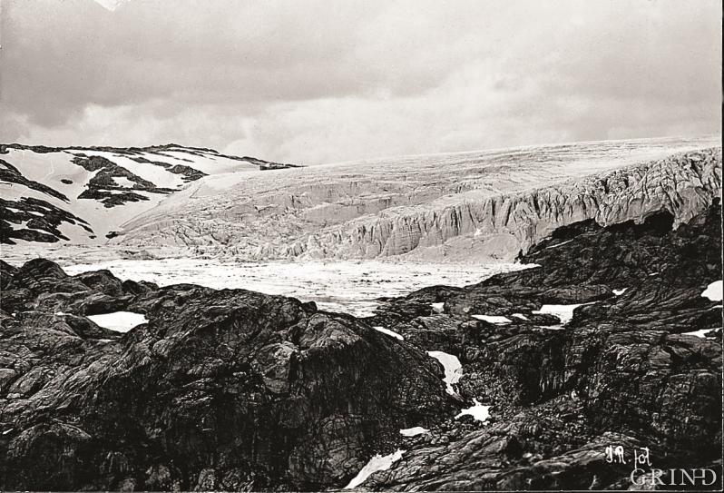 Blomstølsskarbreen fotografert i 1904